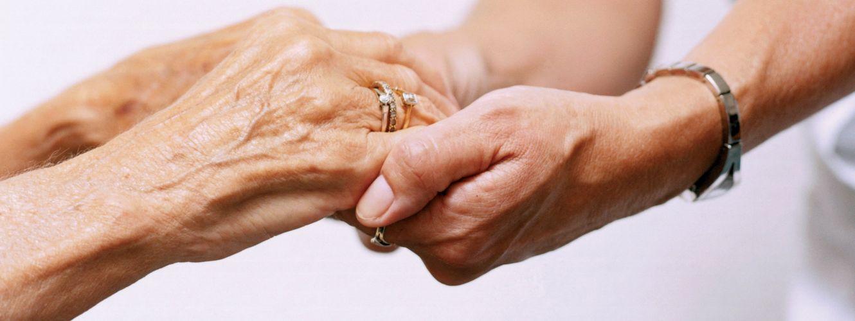 Aranykereszt Idősek Otthonai - Címlap